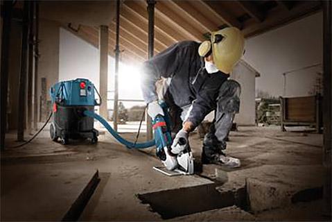 Bosch VAC Dust Extractor on jobsite