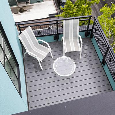Trex balcony deck
