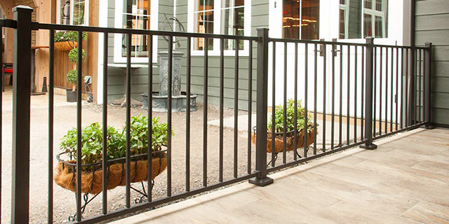 Metal Works Excalibur Steel Railing in black